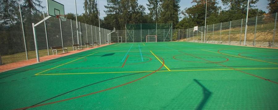 Boisko sportowe w Orawce