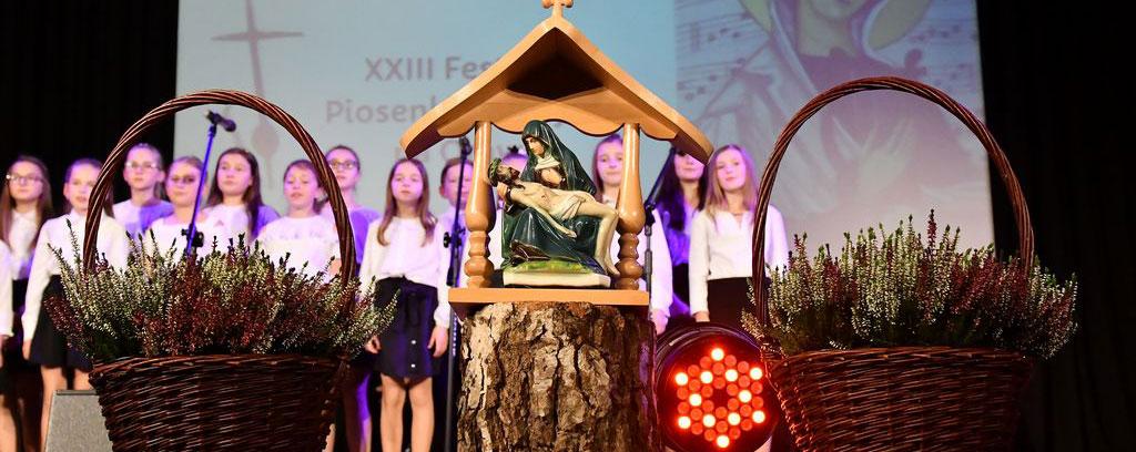 """XXIII Festiwal Piosenki Religijnej na Orawie """"Stabat Mater"""""""
