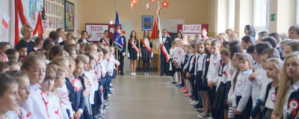 Rekord dla Niepodległej w Szkole Podstawowej nr 1 w Jabłonce Gminy Jabłonka