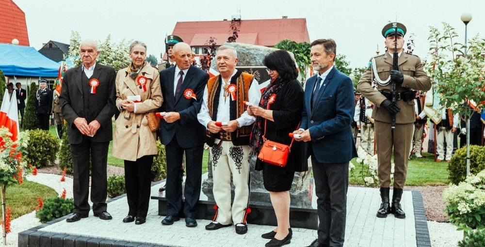Odsłonięcie pamiątkowej tablicy w 100 lecie przyłączenia Orawy do Polski